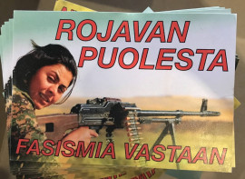 Rojavan puolesta fasismia vastaan -tarranippu